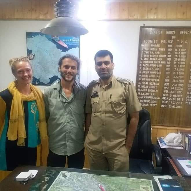 Letters from Tel Aviv, United States of America thanking Kashmir Police for help