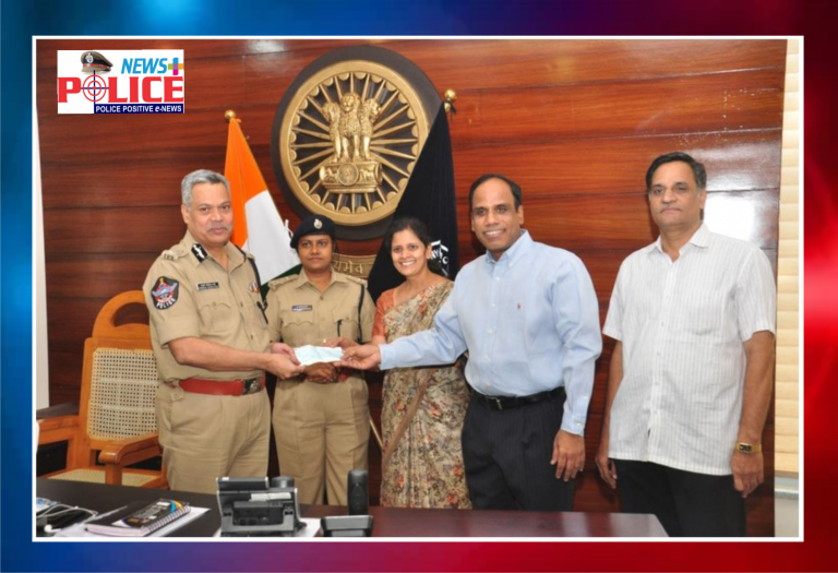 Vijayawada Police appreciated donors to police towards COVID -19