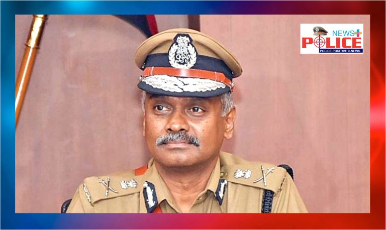Chennai Police extending helping hand to the senior citizens