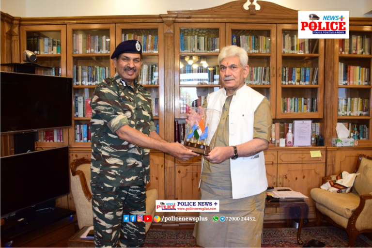 Mr. Kuldiep Singh, DG, CRPF had a meeting with the Governor of Jammu and Kashmir